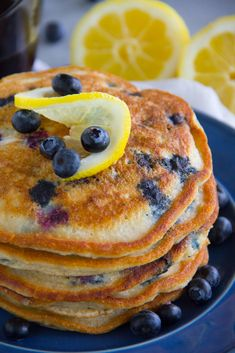 These tasty Paleo Lemon Blueberry Pancakes are gluten free, grain free, dairy free and sure to please even the finickiest eater! Gluten Free Grains, Gluten Free Recipes, Low Carb Recipes, Paleo Breakfast, Breakfast Recipes, Free Breakfast, Breakfast Items, Lemon Blueberry Pancakes, Paleo Baking