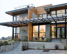 Creating an Efficient, Eco-Friendly Building Structure