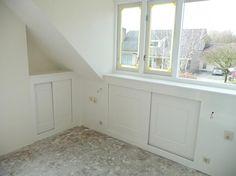 1000 images about kamer sebas on pinterest met happy day and bureaus - Kamer onder de helling ...