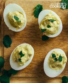 Serve our devilled eggs stuffed with creamy guacamole and see for yourself! This Guacamole-Stuffed Devilled Egg recipe is a must-try. Quick And Easy Appetizers, Easy Appetizer Recipes, Yummy Food, Tasty, Deviled Eggs, What To Cook, Egg Recipes, Cherry Tomatoes, Food And Drink