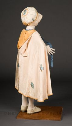 """Dainty Blossom"" Ensemble Daisy Stanford Hand-painted silk c. 20s Fashion, Fashion History, Vintage Fashion, Fashion Outfits, Child Fashion, Hand Painted Dress, Painted Silk, Vintage Dresses, Vintage Outfits"