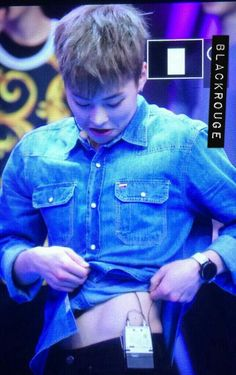 [PREVIEW] 140611 Xiumin @ Happy Camp Recording (cr. Blackrouge) pic.twitter.com/J7NSfv6YWO