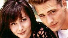 """Scandalurile si betia au ruinat cariera actritei Shannen Doherty. La 42 de ani, ea se """"zbate"""" în zadar sa redevina cap de afis si sa fie adorata de fanii din întreaga lume, cum era pe când juca în """"Beverly Hills 90210""""."""