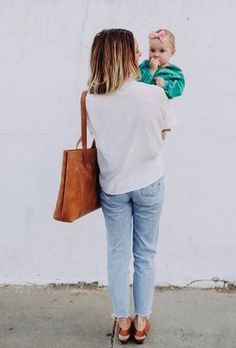 """""""How do I wear it? It's such a versatile bag, I carry it for all sorts of purposes including an everyday purse when I'm running here and there"""" #love41 #leather #tote"""
