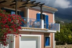 Villa Rudi || Featuring an outdoor pool, Villa Rudi is a semi-detached holiday home set in Trapezaki. The property features views of the sea and is 800 metres from Trapezaki Beach.