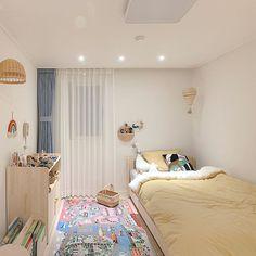 Cute Bedroom Decor, Bedroom Setup, Bedroom Decor For Teen Girls, Room Design Bedroom, Room Ideas Bedroom, Small Room Bedroom, Dorm Room Styles, Study Room Decor, Neon Room