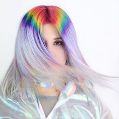"""1,502 отметок «Нравится», 19 комментариев — Hair Makeup Nails Blogger (@hotonbeauty) в Instagram: «This is hypnotizing prism Roots by @kristinacheeseman. """"Playing around with a new technique and…»"""