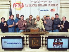 #TBT ~ May 2009 Potato growers featured in the national & regional television spots - joined the @fritolay Potato Chips brand team to kick off the national campaign by ringing the opening bell at the New York Stock Exchange. (Fourth from left: Darrell McCrum of County Super Spuds.) @pepsico