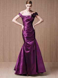 Plum off-the-shoulder Mermaid Long Evening Prom Dress