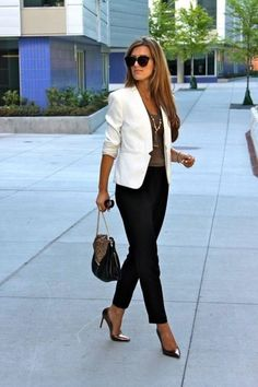 Stylist Tips 10 Ways To Wear A White Blazer White Blazers White