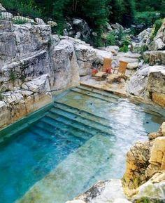 Votre piscine semi-enterrée - 30 idées créatives