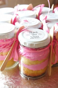 The cupcake-in-a-jar makes a perfect party favour if you want a little something fabulous to send home with your guests.