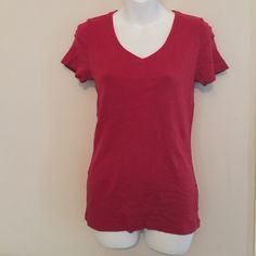 T Shirt Fitted red  V neck T Shirt Merona Tops Tees - Short Sleeve