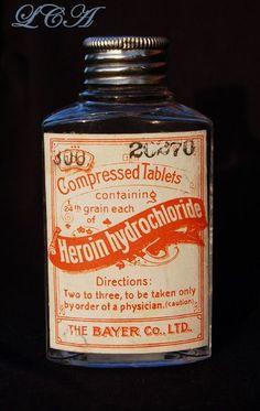 "Antique bottle of ""Heroin Hydrochloride"" tablets, made by The Bayer Co. - Antique bottle of ""Heroin Hydrochloride"" tablets, made by The Bayer Co. The bottle was han - Antique Bottles, Vintage Bottles, Bottles And Jars, Perfume Bottles, Vintage Perfume, Antique Glass, Funny Vintage Ads, Vintage Humor, Vintage Labels"