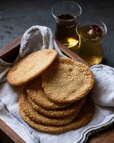 Muesli Cookies, Dessert Cake Recipes, Desserts, Hummus, Bakery, Cooking Recipes, Breakfast, Ethnic Recipes, Food