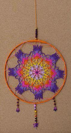 Mandalas para colgar : Mandala para colgar Lace Doilies, Crochet Doilies, Crochet Mandala Pattern, Crochet Patterns, Dream Catcher Nursery, Hippie Home Decor, Hanging Wall Art, Free Crochet, Lana