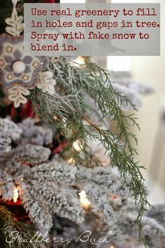 Craftberry Bush: A comfy lodge cabin Christmas tree - the details #christmastree#decor#tips#tricks