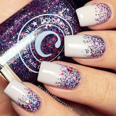21 Unique Acrylic Nail Designs to Make Your Look Unforgettable ★ Sparkling Glitter Nail Designs for Acrylic Nails Picture 2 ★ See more: http://glaminati.com/acrylic-nail-designs/ #acrylicnails #acrylicnaildesigns #GlitterNails
