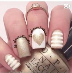 White and gold heart manicure Colorful Nail Designs, Acrylic Nail Designs, Pretty Nail Colors, Pretty Nails, Gel Nail Art, Nail Art Diy, Hot Nails, Hair And Nails, No Chip Nails