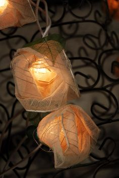 Natural Leaf Rose Flower String Lights 20 lights $16 set/ 6 sets $14 set (end to end plug in)
