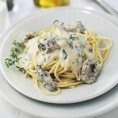 Our recipes highlight the intense, earthy flavor of these popular wild mushrooms. Try a spring pasta with morels, morel cream sauce, morel tarts and more. Morel Mushroom Recipes, Mushroom Appetizers, Mushroom Cream Sauces, Mushroom Sauce, Sauce Recipes, Pasta Recipes, Cooking Recipes, Yummy Recipes, Cooking Tips