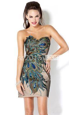 Interesting dress but I kinda like it