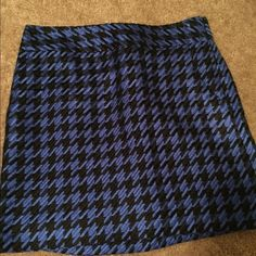 NWT The Limited tweed mini skirt Brand new blue and black houndstooth mini skirt. NWT The Limited Skirts Mini