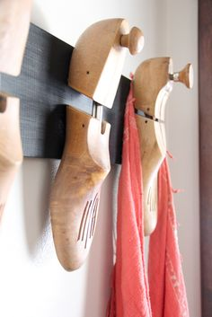 Vintage Wood Shoe Stretcher Coat Hook, Unique Coat Hook, Interesting Coat Rack, www. Source by BrightGreenDoor vintage Diy Coat Hooks, Diy Wall Hooks, Shoe Rack Holder, Diy Shoe Rack, Vintage Wood, Vintage Shoes, Shoe Cobbler, Rustic Coat Rack, Shoe Molding