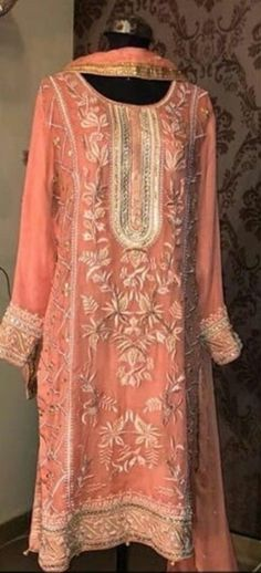 Indian Fashion, Women's Fashion, Eastern Dresses, Formal Outfits, Formal Dresses, Wedding Dresses, Beaded Embroidery, Hand Embroidery, Embroidery Designs