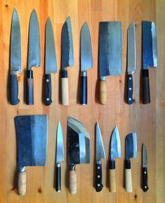 easy recipes - 8 choses que vous avez chez vous si vous êtes enfin adulte Japanese Cooking Knives, Japanese Kitchen Knives, Japanese Chef, Cooks Knife, Chef Knife, Kitchen Utensils, Kitchen Tools, Global Knife Set, Little Kitchen