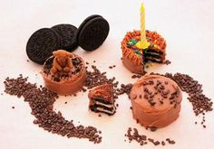 Miniature Edible Food Craft: Mini Oreo Layer Cakes