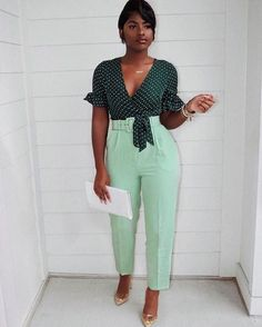 Where would you wear this to? 💚 I'm going to try and give you all non-sponsored spring looks at least once a week. Something you can wear… Stylish Work Outfits, Classy Outfits, Chic Outfits, Girl Outfits, Fashion Outfits, Black Girl Fashion, Work Fashion, Fashion Looks, Fashion Beauty