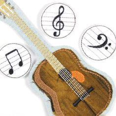 Gitarre und Noten als Bügelbilder