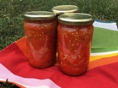 Zavařování rajčat Salsa, Mason Jars, Food, Gravy, Salsa Music, Restaurant Salsa, Essen, Yemek, Dip