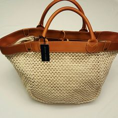 LARGE RALPH LAUREN TOTE Natural color. Roomy suede interior. Ralph Lauren Bags Totes