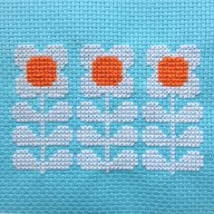 Cross Stitch Pattern, Retro Flowers in a Row PDF.    Inspired by the floral designs found on vintage fabric and wallpaper of the 1960s and 70s, this