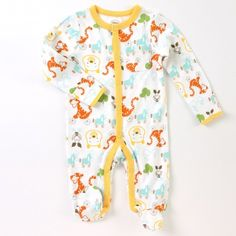 "Disney Baby Uni Winnie the Pooh ""On Wheels"" Sleep and Play $22.00"