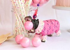Cute circus cake topper used for party decoration. Circus Theme Party, Circus Birthday, Animal Birthday, First Birthday Parties, Birthday Party Themes, First Birthdays, Animal Party, Party Animals, Party Mottos