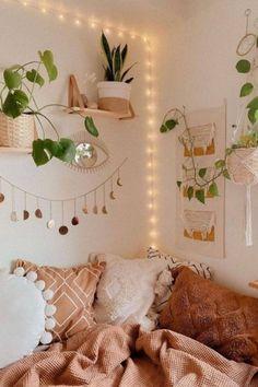 60+ Aesthetic Dorm Room Ideas On A Budget