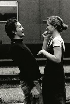 Julie Delpy in Before Sunrise obsessedwithethanhawke Ethan Hawke & Julie Delpy in Before Sunrise Shot by Gabriela Brandenstein The post Julie Delpy in Before Sunrise obsessedwithethanhawke appeared first on Film. Julie Delpy, Before Trilogy, Photographie Portrait Inspiration, Foto Gif, Ethan Hawke, Romantic Films, Movies And Series, Painted Ladies, Couple Goals