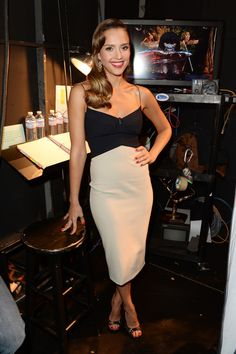 Jessica Alba in a dress by Narciso Rodriguez.