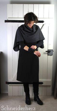 Mitte November hatte ich beim MeMadeMittwoch meine wintertaugliche Frau Fannie präsentiert. KLICK Wintertauglich wurde das Kleid durch ein ...