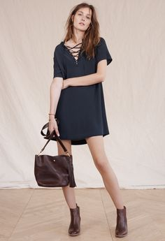 madewell novella lace-up dress worn with the frankie chelsea boot + rivet & thread mini bucket bag. Girl Fashion, Fashion Dresses, Fashion Looks, Apple Shape Fashion, Autumn Winter Fashion, Winter Style, Simple Dresses, Spring Outfits, Vestidos