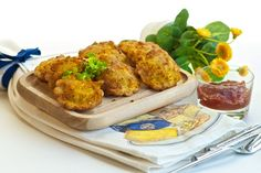 Fried Ravioli Appetizers with Dip