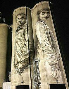 New Street Art by Guido van Helten 📍 Jacksonville Florida Street Art Banksy, 3d Street Art, Street Artists, Graffiti Artwork, Art Mural, Wall Art, Amazing Street Art, Fantastic Art, Street Installation