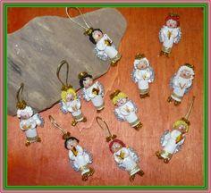 Pasta Angel Ornaments and Pins Pasta Crafts, Mixed Babies, Angel Ornaments, Christmas Holidays, Baby Gifts, Craft Ideas, Winter, Board, Xmas