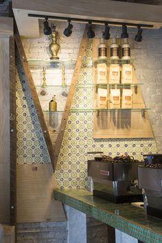 Iconic Café — SoHo, New York #wallpaper #cafe #NYC Cafe Interior Design, Cafe Design, New York Studio, Espresso Bar, Cafe Bar, Wall Patterns, Restaurant Bar, Soho, Coffee Shop