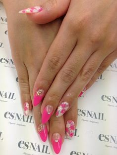 Nail Art - Nail Salon blog ~ AmebaGG daily es nail ... | image of white flower nail ♪