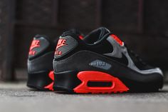 Nike Air Max 90 Medium Ash & Total Crimson