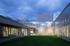 Toyotomi Community Center / Atelier BNK
